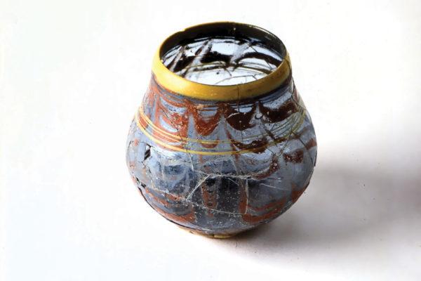 Bicchiere a sacco - Necropoli di S. Stefano in Pertica, Cividale del Friuli, VI sec.d.C.